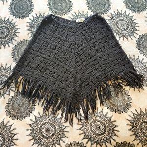 💚 Black Knit Poncho
